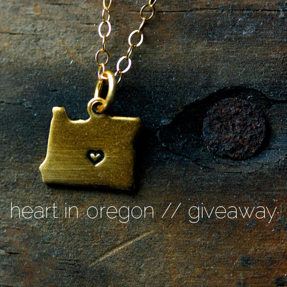 heart in oregon necklace