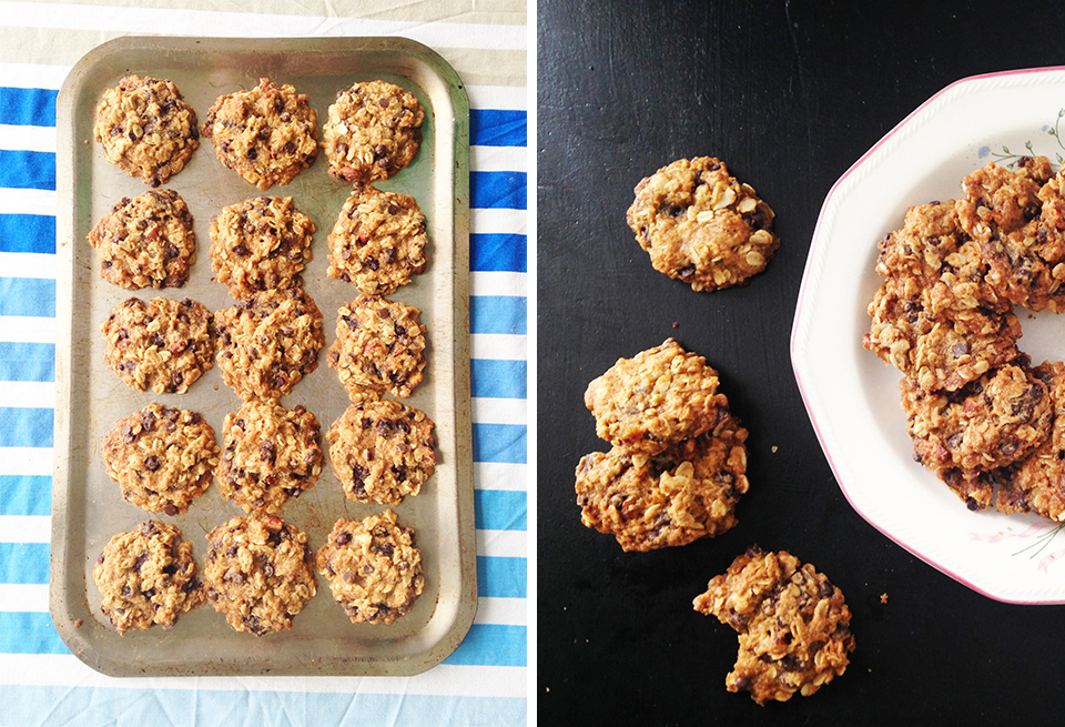 chocolate chip almond oatmeal cookies 23