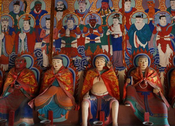 Arhats in the temple at Poluo