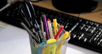 artykuly-biurowe-ktore-powinny-znalezc-sie-w-twojej-firmie-tyibiznes-com-pl1