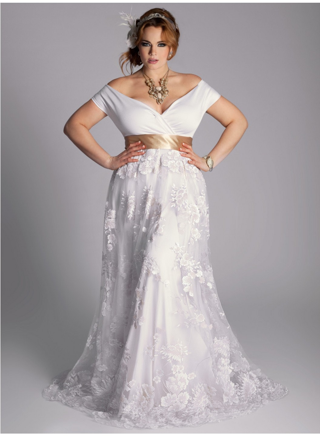 25 stunning plus size wedding dresses for every style of nuptial affair plus size wedding gowns 25 Stunning Plus Size Wedding Dresses For Every Style Of Nuptial Affair
