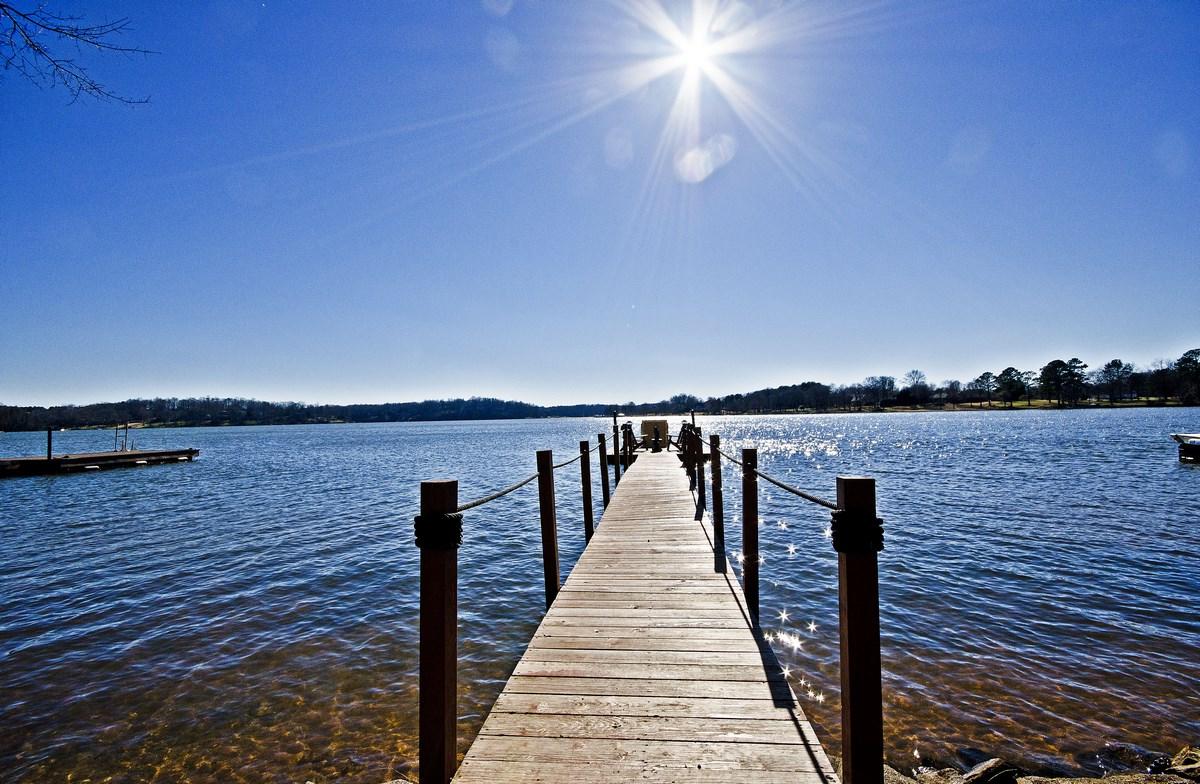 Fullsize Of Lakefront Homes For Sale