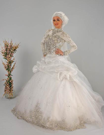 1003161949214 احدث فساتين زفاف للمحجبات 2013