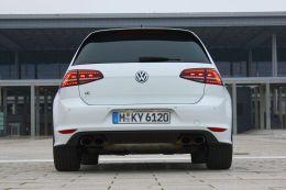 VW Golf R_021