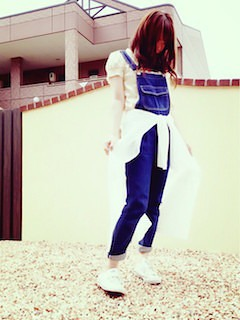 9 guサロペット×パフ袖Tシャツ×白シャツ