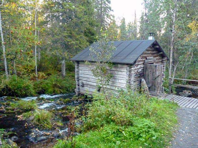 kleine Schutzhütte im Oulanka Nationalpark