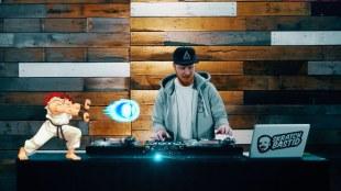 VIDEO: Street Fighter II DJ Remix – Skratch Bastid