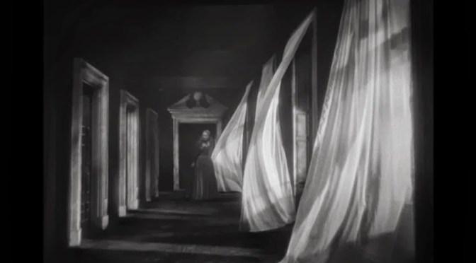 Mindenhol vagy sehol sem teljesen otthon – Julio Cortázar esszékötetéről (Julio Cortázar: Sehol sem teljesen jelen)