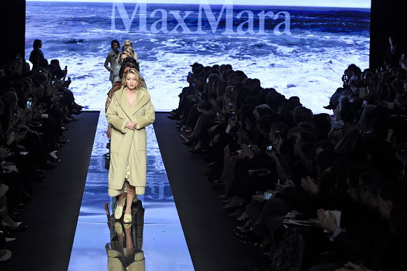 Max Mara - Runway RTW - Fall 2015 - Milan Fashion Week