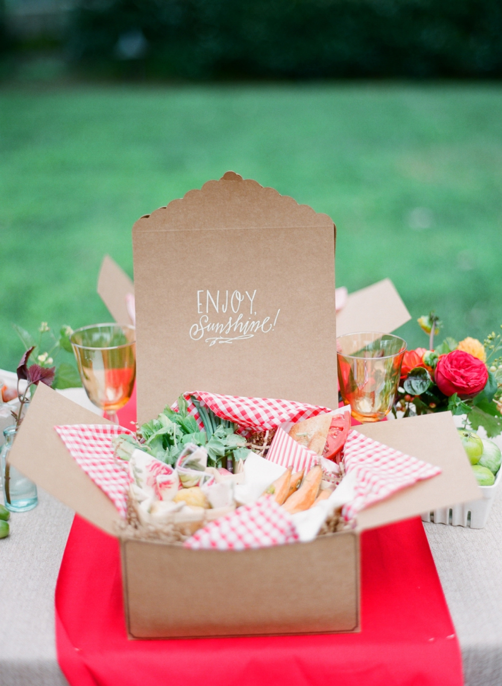 Summer Wedding Lunch Ideas : Spectacular bridal shower themes ultimate bridesmaid