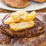 Pancakes z jabłkami i cynamonem