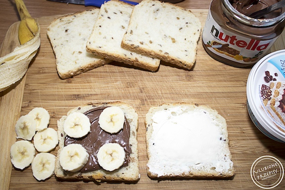 Tosty z nutellą, mascarpone i bananami