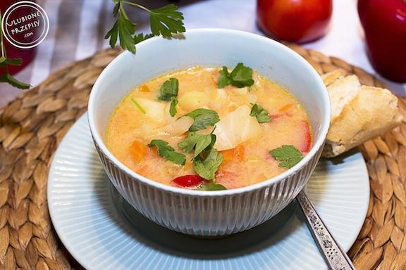 Zupa kapuściana