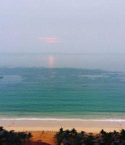 Beautiful morning #beach #goodmorning #earlymornings #hotelroom #view #amazing #fujairah #lemeridien #earlyriser #lovingit
