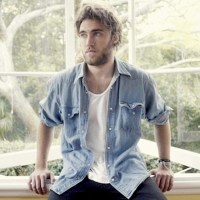 MATT CORBY - INTO THE FLAME (Folk/Indie - Australia)