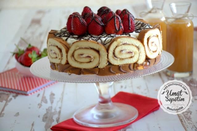 Dankekli  Meyveli  Kolay  Pasta  Tarifi