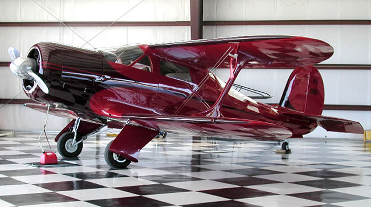 David Oreck's 1944 Grand Champion Beechcraft G17S Staggerwing