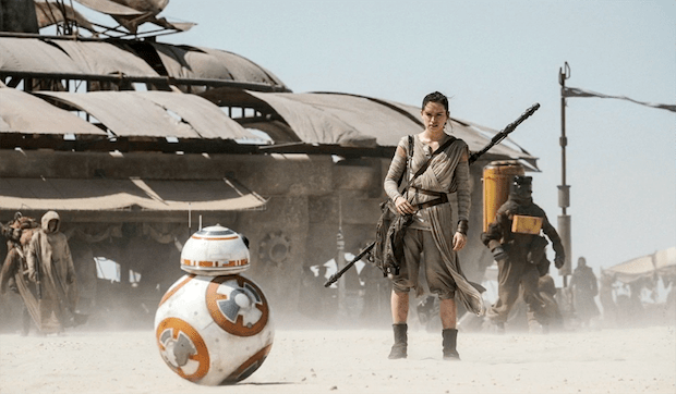 star-wars-force-awakens-bb-8-rey