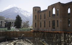 Progress is being made in the construction of the Provo City Temple from the ruins of the Provo Tabernacle. (Photo by Elliott Miller)