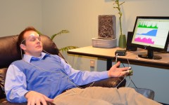 A student's stress is measured with biofeedback equipment at the Counseling and Psychological Services Center. (BYU Counseling and Psychological Services)