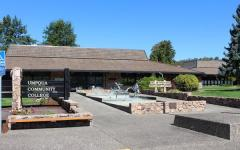 UMPQUA Community College in  Roseburg, Oregon. (Huffington Post/Twitter)