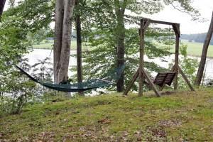 hammock-&-swing
