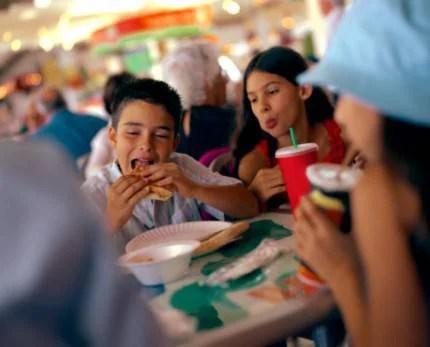 bambini al fast food