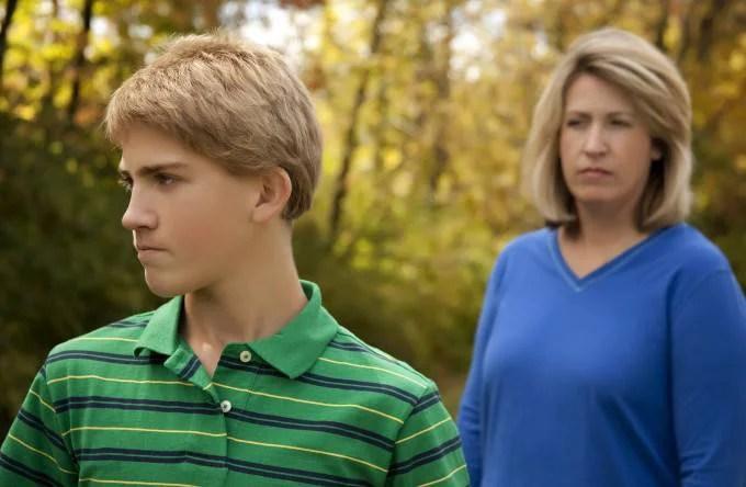 mamma figlio adolescente