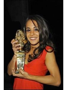 """Alice Belaïdi, Molière de la révélation féminine  2010  pour son rôle dans la pièce """"Confidences à Allah"""""""