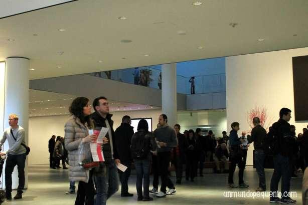 Hall Central del MoMA en Planta baja