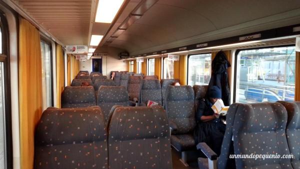 tren-intercity-por-dentro