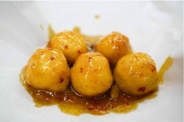 香港「ユーダーン」はどんな料理?「つみれ」と「つくね」の中間のB級グルメ!
