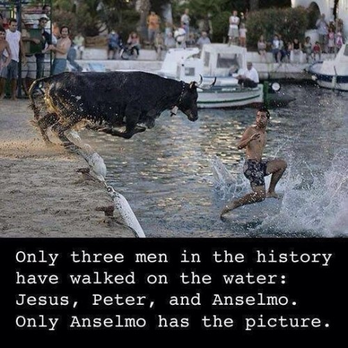 3 men in history have walked on water