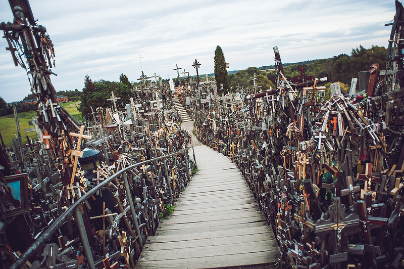hill-of-crosses7