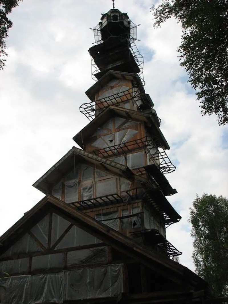 dr.seuss-house3