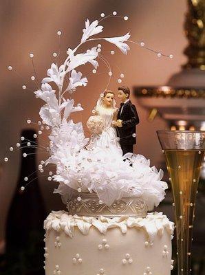 تورتات 2015  بالصور اجدد طريقة لعمل تورتة الزفاف وتورتة اعياد الميلاد
