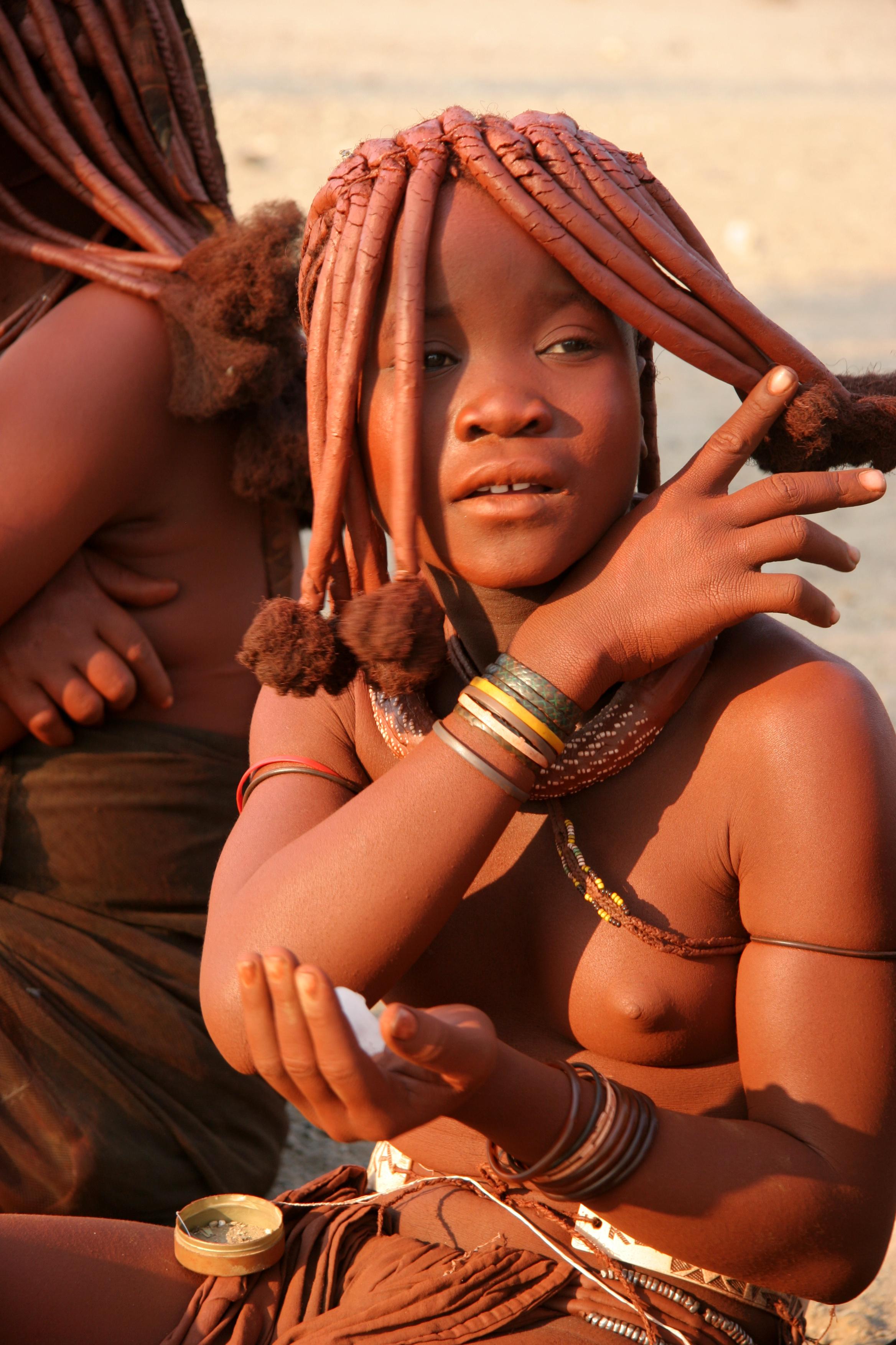 tribe girls spreading