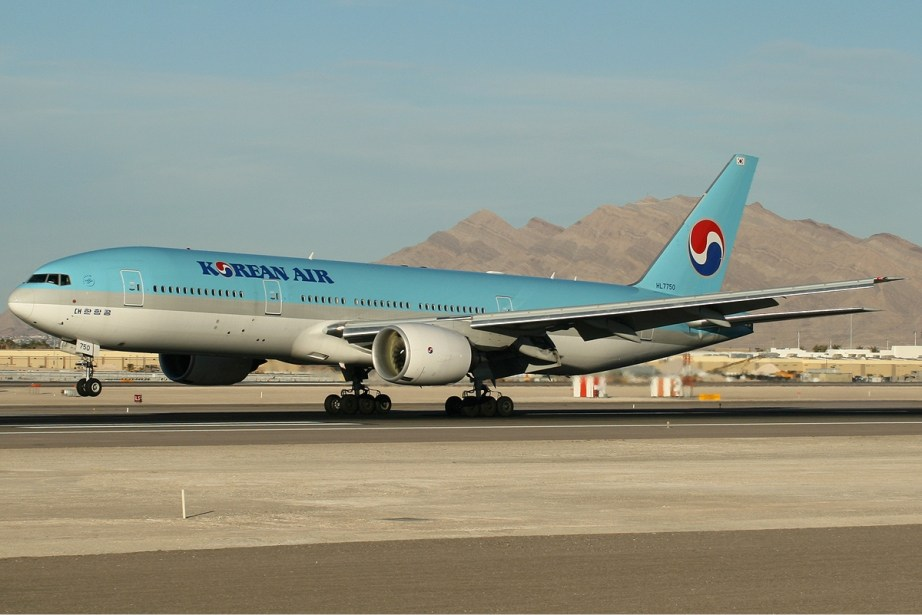 Korean Air - 777-200ER