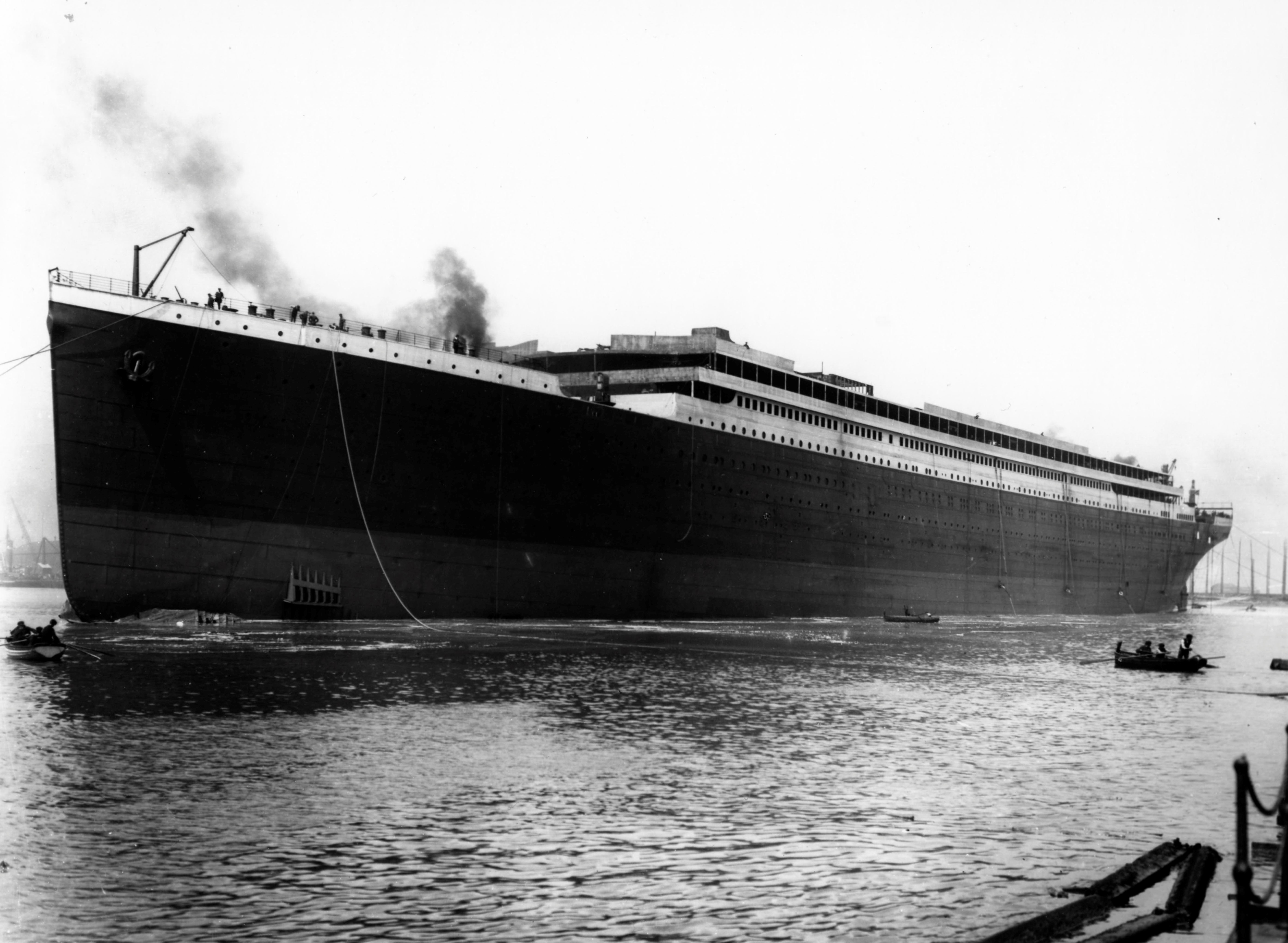 RMS Titanic   Wikipedia Launch  1911  unfinished superstructure