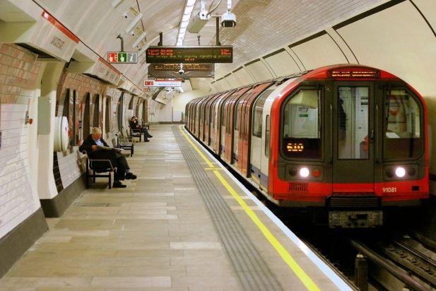 London underground tube, london metro