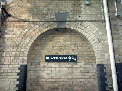 File:Platform 9 3-4, King's Cross - panoramio - Keith ...