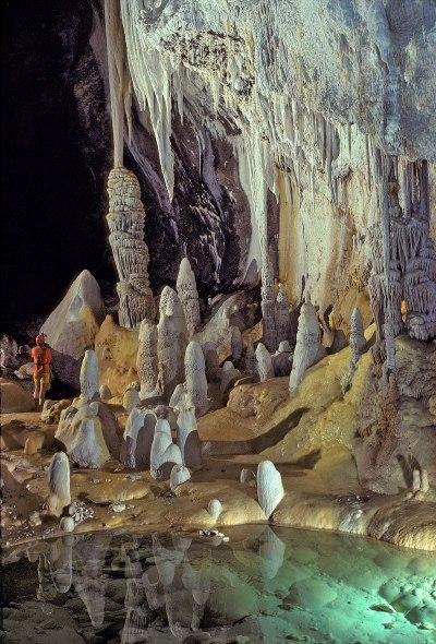 Cave - Wikipedia