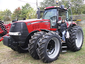 English: Case IH MAGNUM 275 AFS tractor, Hills...