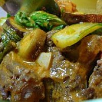 Filipino Oxtail Stew (Kare Kare)