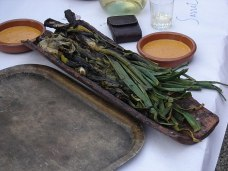 Calçots with Romesco sauce for dipping