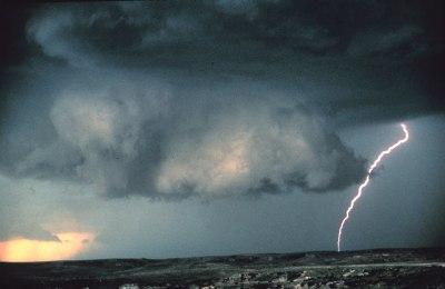 Wall cloud - Wikipedia