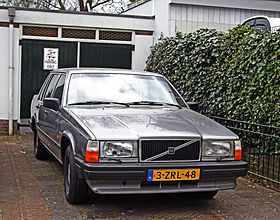 Volvo 740 — Wikipédia