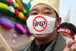 Protest in Hong-Kong against WTO on december 2005