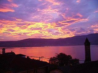 File:Amanecer desde Valdepereira.jpg - Wikimedia Commons