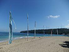 gambar pantai senggigi di lombok